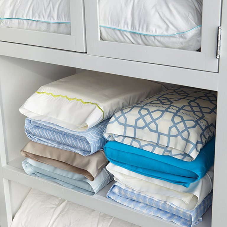 How to Keep Matching Sheets Together in the Closet