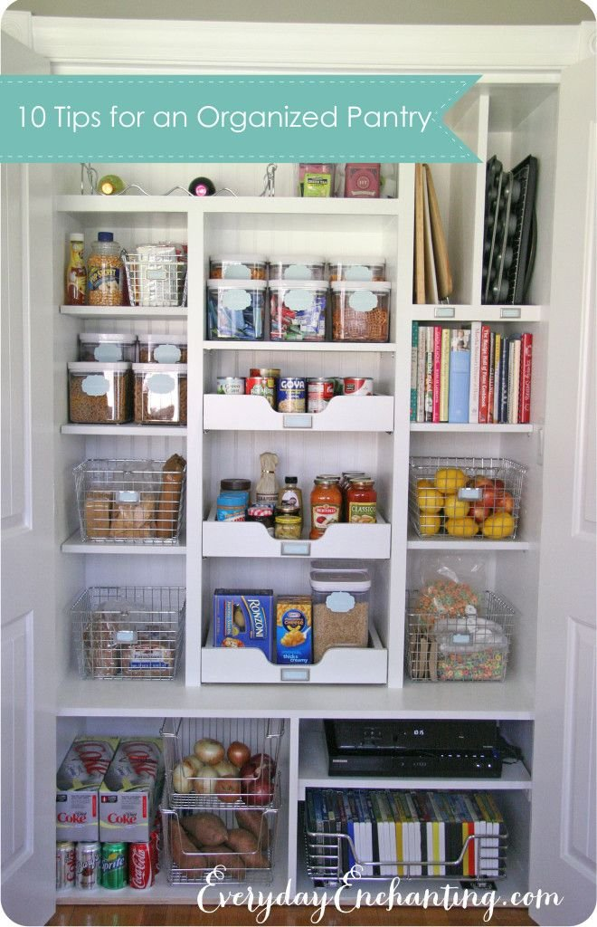 10 Tips for an Organized Pantry | EverydayEnchanting.com - Like the wire baskets, glass jars and ideas to remove staples from their boxes